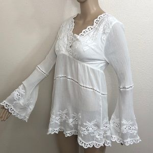 Boston Proper Embroidered Bell Sleeve Tunic Size M